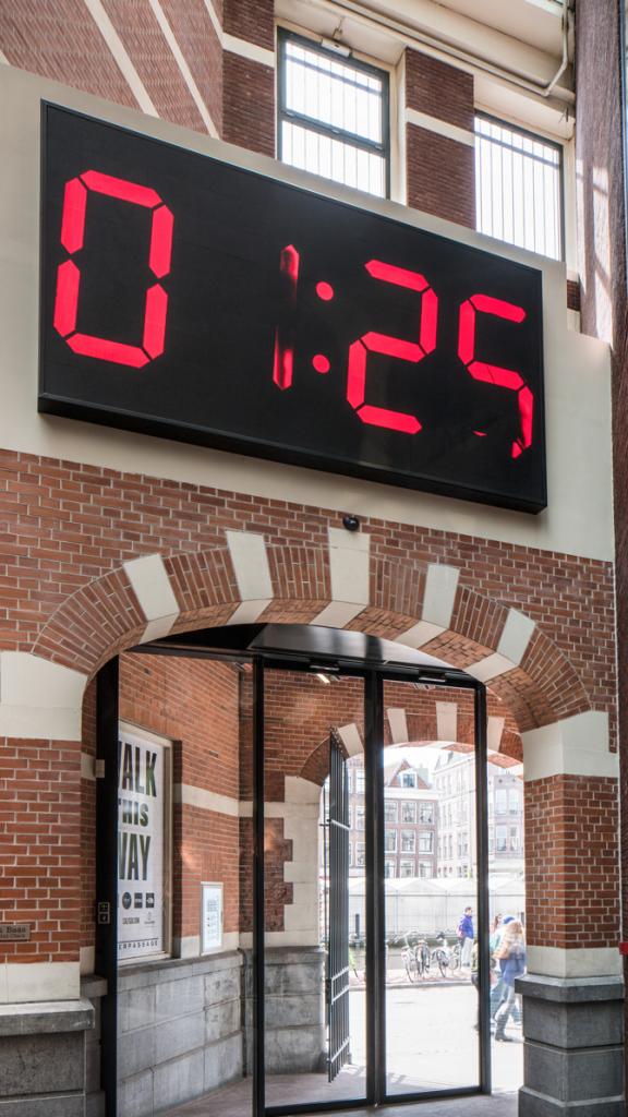 analog-digital-clock.png